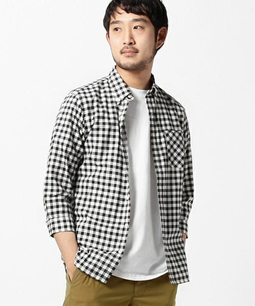 7分袖のギンガムチェックシャツ