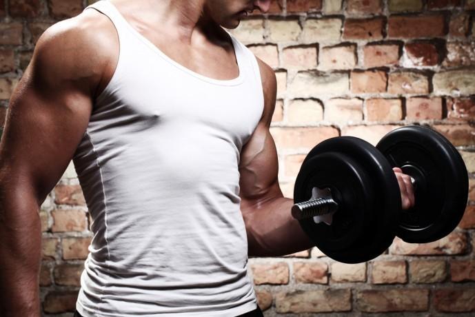 腕橈骨筋を鍛えられるトレーニングメニュー