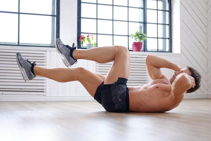 大腰筋を鍛えられるバイシクルクランチ