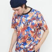 """夏はド派手に""""柄T""""で!着こなしたい総柄Tシャツを厳選   Smartlog"""