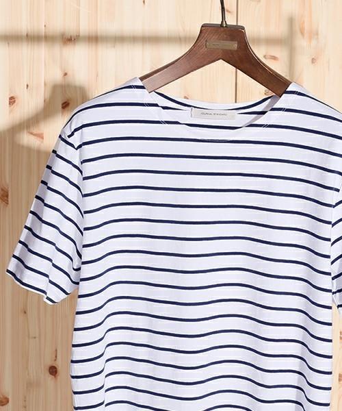 ボートネックの王道ボーダー柄Tシャツ