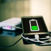 コンセント付きモバイルバッテリー5選。一台二役の一体型アイテムの魅力とは | Divorcecertificate