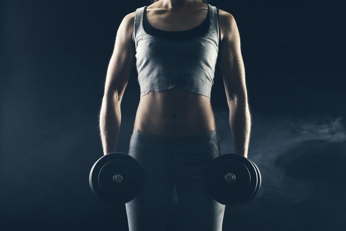 棘上筋を鍛えられるトレーニングメニュー