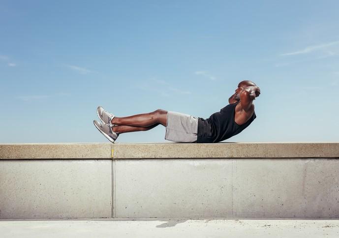 大腰筋を鍛えられるレッグレイズトレーニング