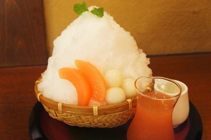 白桃かき氷