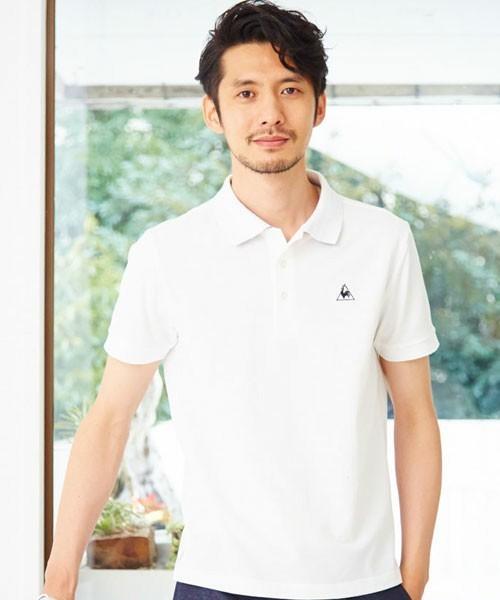 白のシンプルポロシャツ