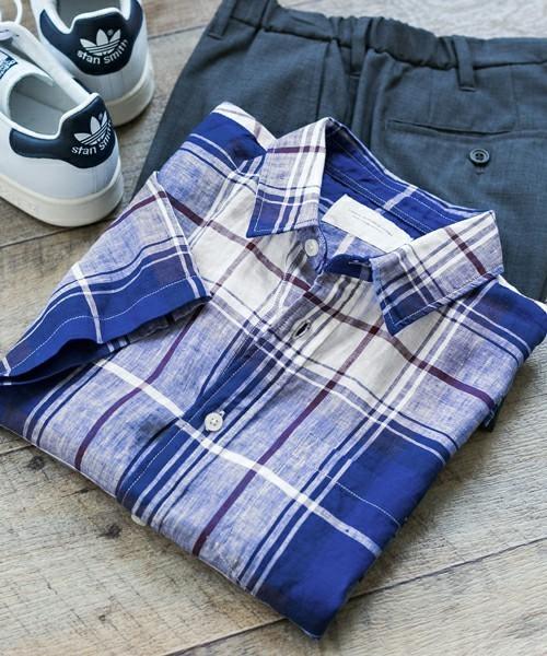 コーディネートで使用しているチェックシャツ