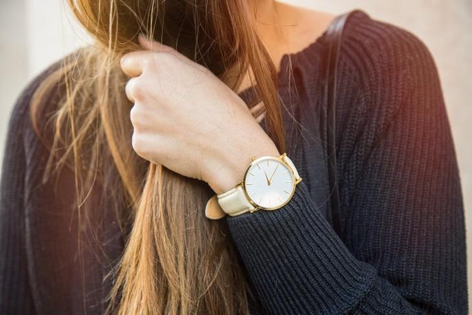 就職祝いのプレゼントに腕時計