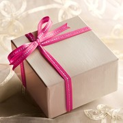 成功に導く!プロポーズのプレゼント。指輪なしで彼女が喜ぶギフトとは | Smartlog