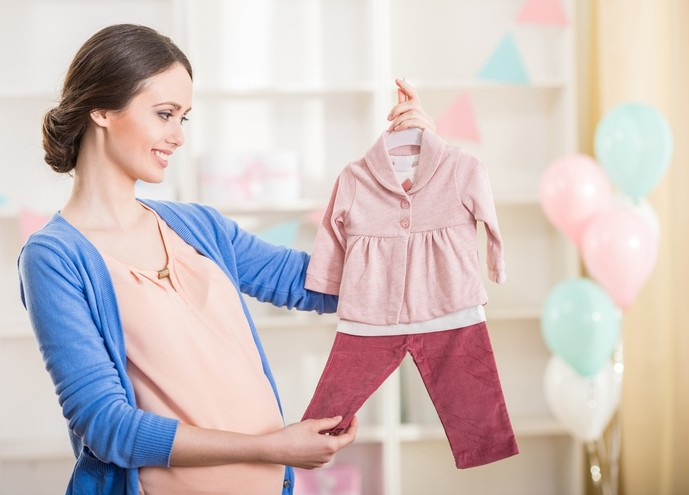 二人目の女の子の出産祝いは洋服