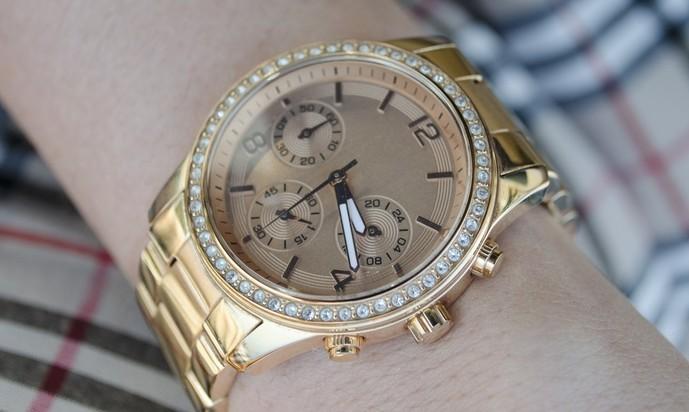 プロポーズのプレゼントに腕時計