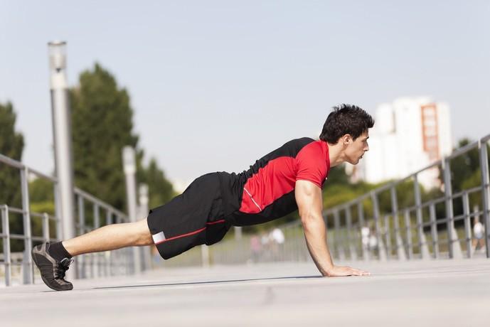 回旋筋腱板を鍛えられるトレーニング