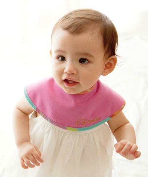 女の子の出産祝いにスタイを贈るならマールマール