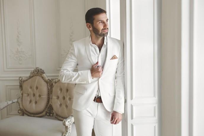 結婚式のNGスーツ