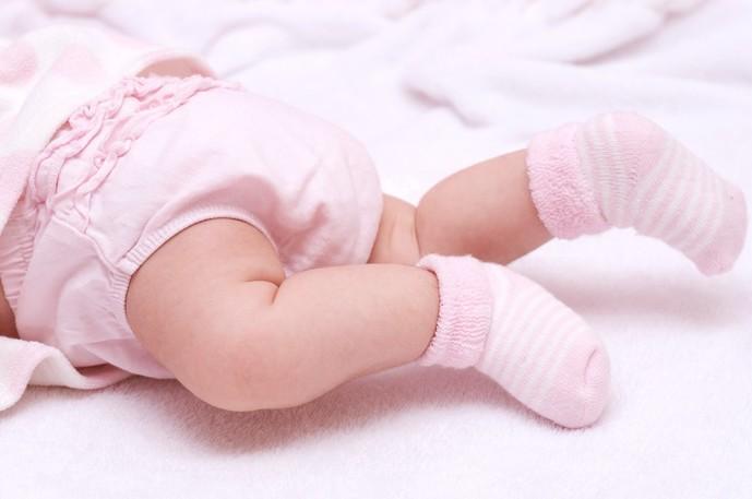 女の子の出産祝いにおすすめなのは靴下