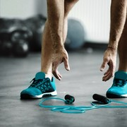 【縄跳びダイエットのやり方】筋トレと併用して効果的にお腹を引き締めよう! | Smartlog
