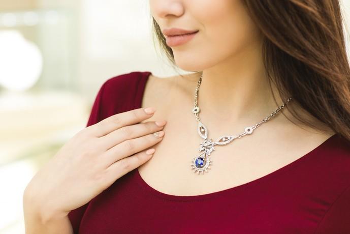 プレゼントにおすすめのネックレスを大公開