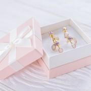 レディースピアスの人気ブランド特集【彼女・妻のプレゼント】 | Smartlog