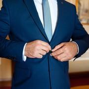 【結婚式二次会】男性のNG服装&おすすめスーツコーディネート9選 | Smartlog