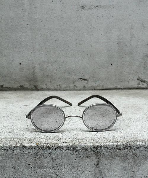 ハンドメイドの職人仕様のサングラス