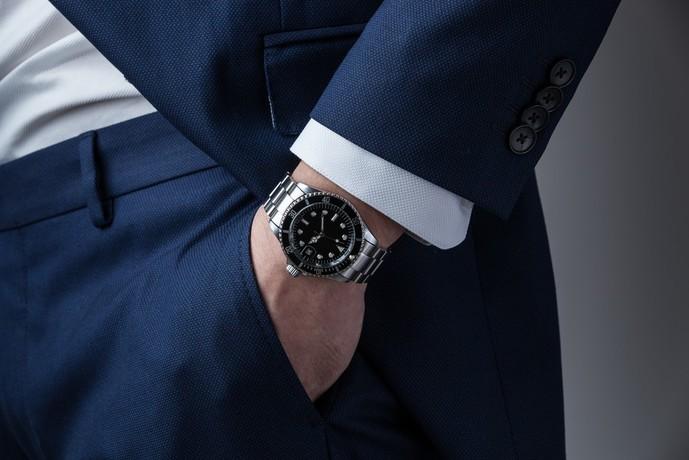 30代の男友達への誕生日プレゼントは腕時計