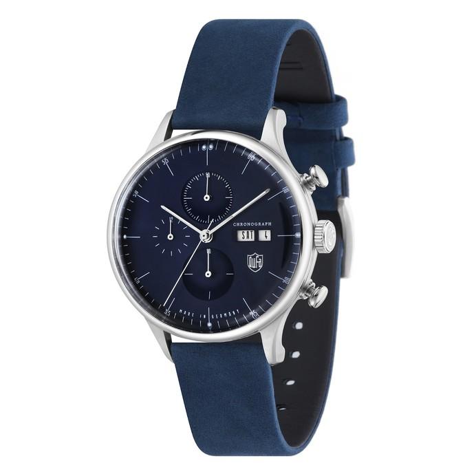 ネイビーの大人っぽい腕時計