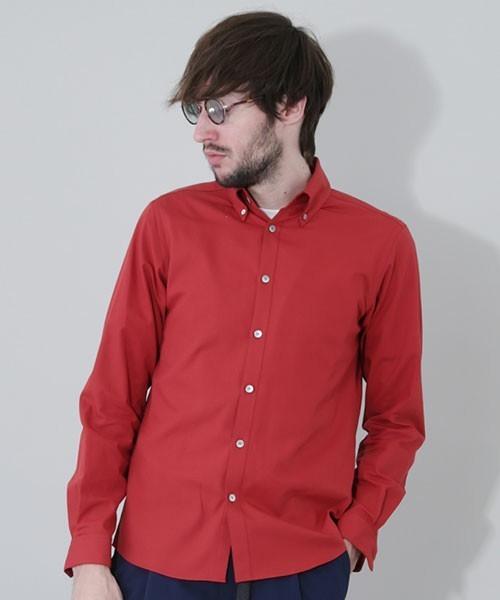 ストレッチ性のあるシャツ