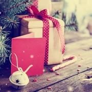 大学生の彼女が喜ぶクリスマスプレゼントランキング【2017年】 | Smartlog