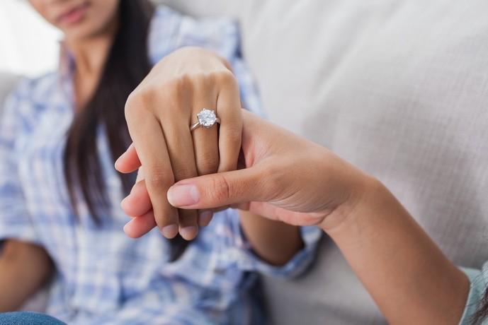 社会人の彼女へのクリスマスプレゼントに指輪