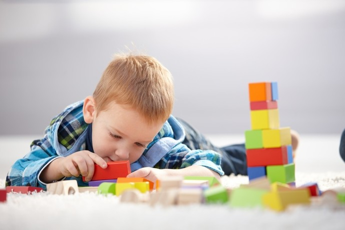 3歳の誕生日プレゼントは知育を促すおもちゃ