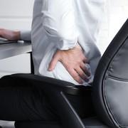 【広背筋のストレッチ方法】たった1分で行える効果的な柔軟体操とは | Smartlog