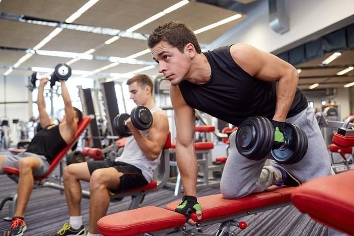 腕の筋肉を大きくする効果的な鍛え方