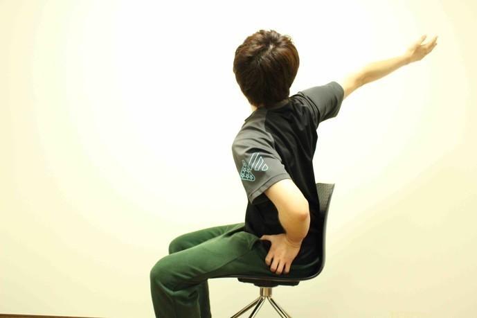 広背筋の効果的なストレッチ方法