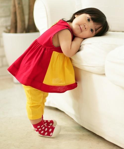 1歳の女の子の誕生日プレゼントはリボンハッカの服