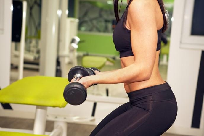 上腕三頭筋の効果的なトレーニングメニュー