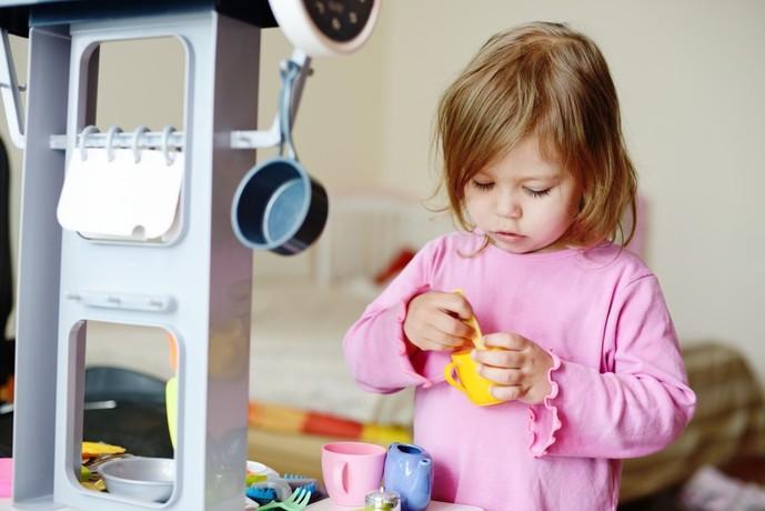 2歳の女の子が喜ぶ誕生日プレゼント 室内遊びのおもちゃ