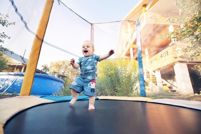 1歳の男の子の誕生日プレゼントの予算