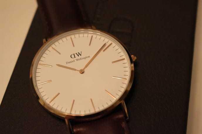 ホワイトデーのお返しにダニエルウェリントンの腕時計のプレゼント.jpg