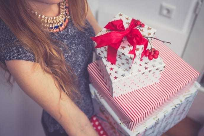 女性におすすめのキッチングッズのプレゼントを.jpg