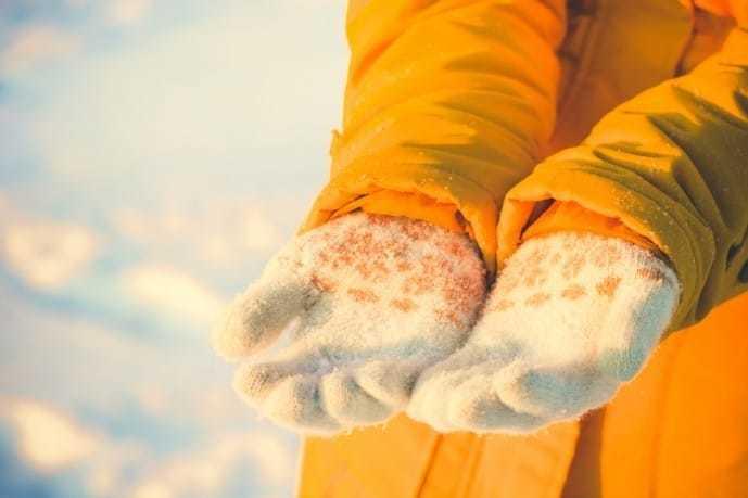 ホワイトデーで本命彼女にお返しするプレゼン卜に手袋