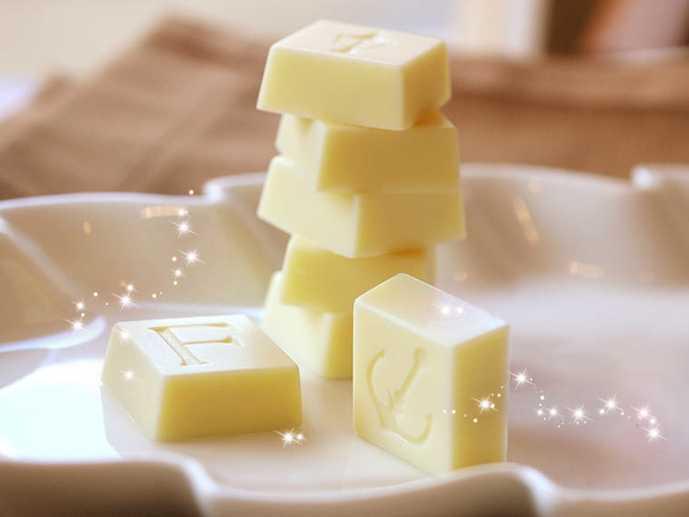ホワイトデーに贈りたい神戸フランツのホワイトチョコ