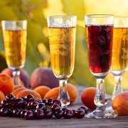 美味しい果実酒のおすすめ15選。春夏秋冬楽しめる一杯とは | Smartlog