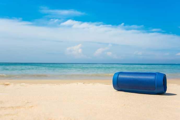 防水仕様のBluetoothスピーカーのおすすめ機種とは