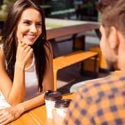 初対面の人と会話が弾む5つのコツ。相手に自分の印象を残す方法とは | Divorcecertificate