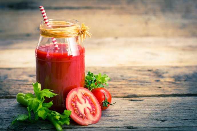 毎日の生活にトマトジュースを取り入れて見て