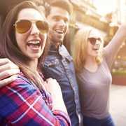 要注意!男遊びが激しい女性の5つの特徴。複数の男性と関係を持つ心理とは | Divorcecertificate