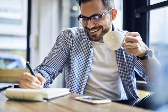 毎日のコーヒーライフにインスタントコーヒーを楽しんでみて