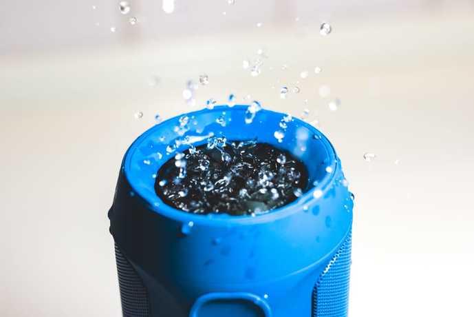 防水仕様のおすすめBluetoothスピーカーとは