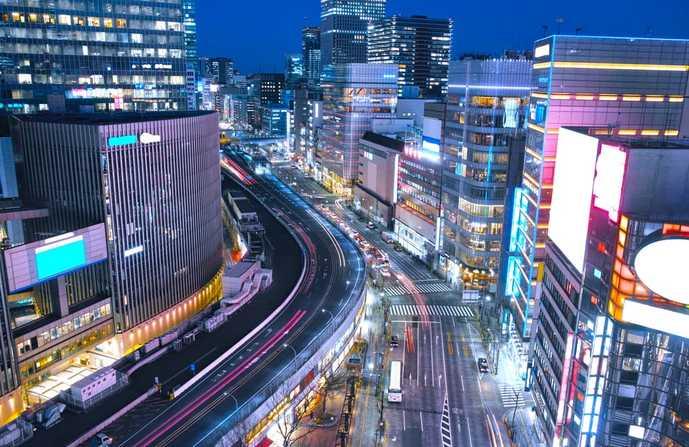 日本を代表する高級街「銀座」の夜景