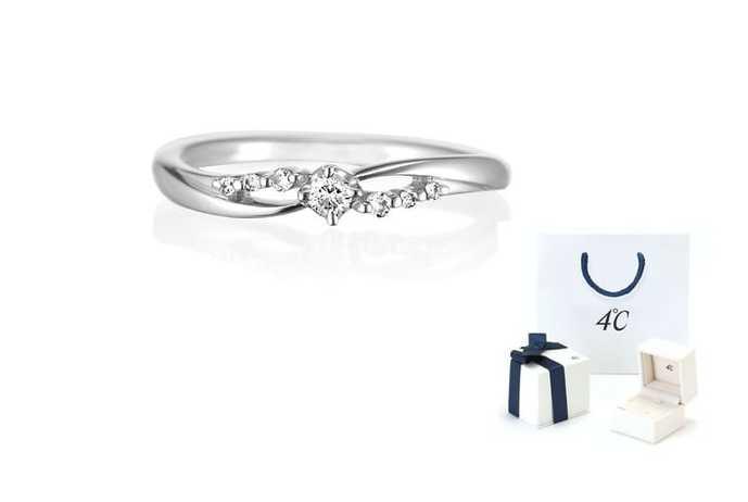 社会人彼女への誕生日プレゼントは4℃の指輪